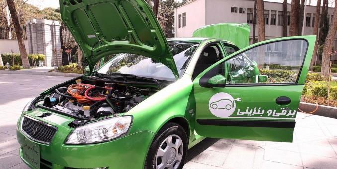 رونمایی از اولین خودرو هیبریدی ایران توسط رئیس جمهور
