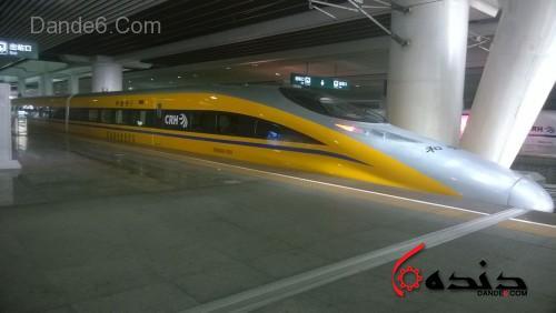 قطار CRH380A در ايستگاه گوانگژو