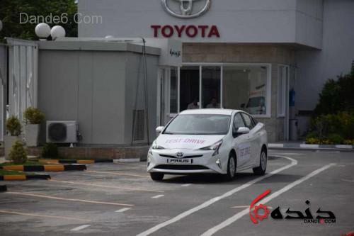 Toyota_prius (15)