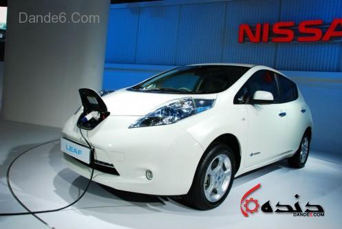 Nissan-Leaf-100-percent-Electric-Car