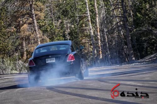 2017-Rolls-Royce-Wraith-Black-Badge-burnout