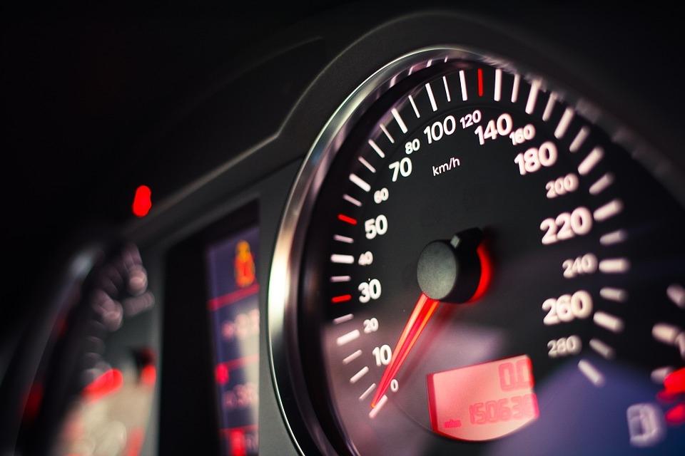عادت اشتباه رانندگی با گیربکس دستی